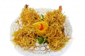 Креветки в кляре с васаби и картофельной соломкой (4шт)